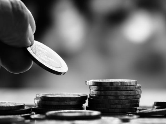 Kokias sumas galima išskaičiuoti iš skolininko darbo užmokesčio?